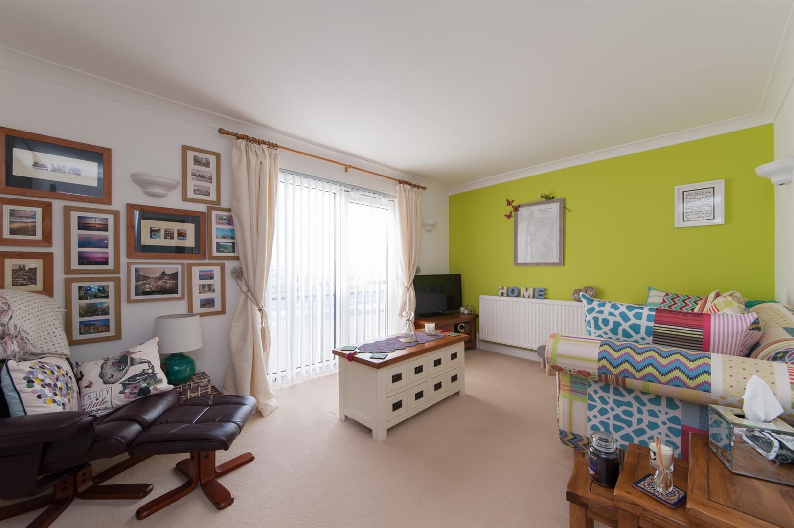 2 Bedrooms Apartment Flat for sale in The Parade, Birchington